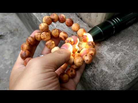 Cặp đôi vòng gỗ nu huyết rồng loại 12ly thơm nức