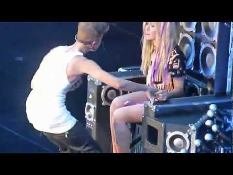 2013 - Justin Bieber - One Less Lonely Girl Live Manchester 22 february - HD