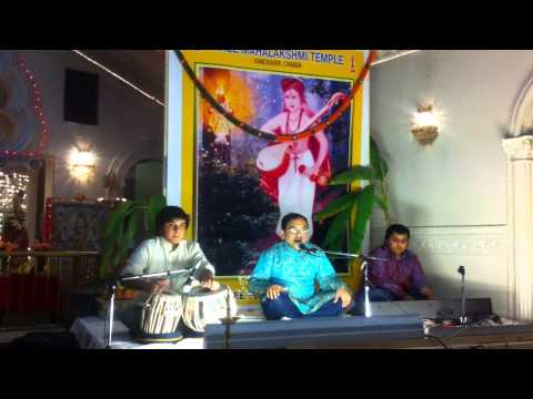 Kusina kandira song at Purandara Utsava by Ravindra Upadhya