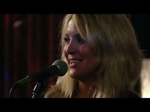 Sarah Smith Live at Sessions Official Video