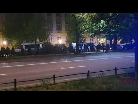 Pacyfikacja strajkujących przedsiębiorców w Warszawie. Władzy puszczają nerwy.