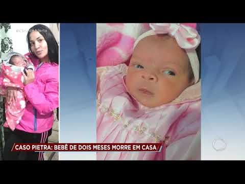 Bebê de dois meses morre após cair do colo da mãe