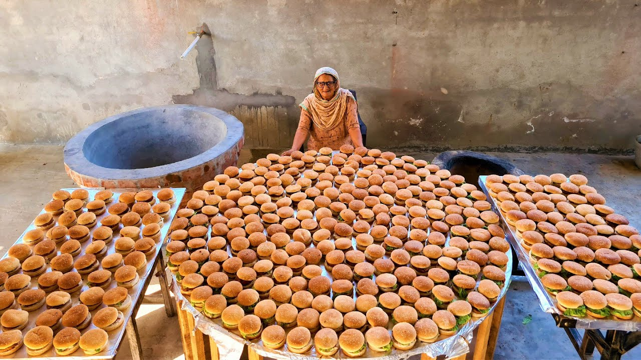 500 BURGER Prepared By My GRANNY | VEG ALOO TIKKI BURGER | STREET FOOD | VILLAGE COOKING | RECIPE