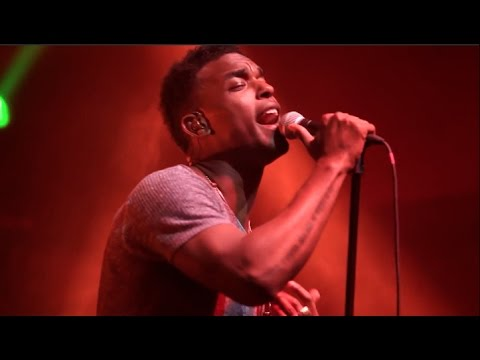 He Sangs: Luke James (Best Live Vocals)