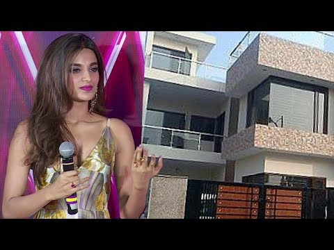 Download Munna Michael Actress Nidhhi Agerwal On Finding New House