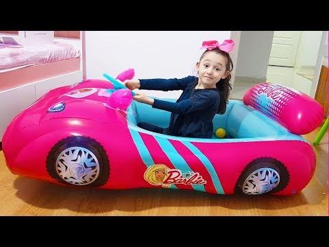 Öykü and Barbie Car Play with Cute Monkey  - Funny Oyuncak Avı