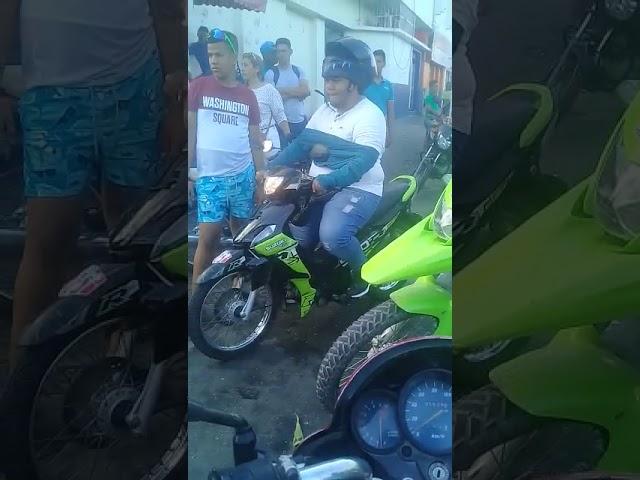 Denuncian inmovilizaciones de motos por falso día sin parrillero en Santa Marta