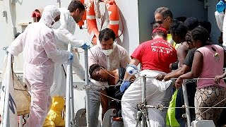 Hundreds of migrants drown at sea in series of shipwrecks