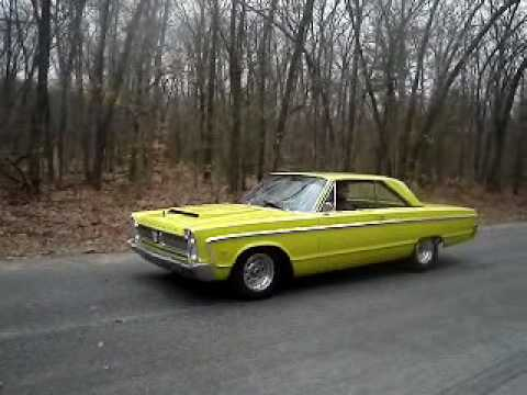 1966 plymouth fury iii burnout 39 s youtube. Black Bedroom Furniture Sets. Home Design Ideas