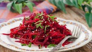 Очень вкусный салат из сельдерея, свёклы , репы , моркови, яблока и авокадо