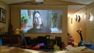 Viendo tv con mi proyector