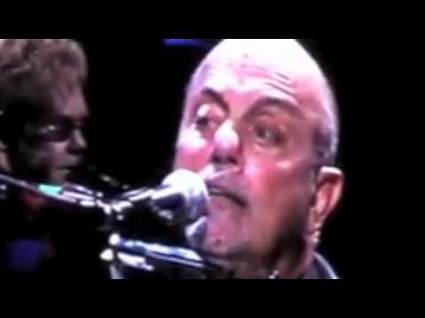 Billy Joel And Elton John- Piano Man Live In Chicago @ Wrigley Field (7/21/09)
