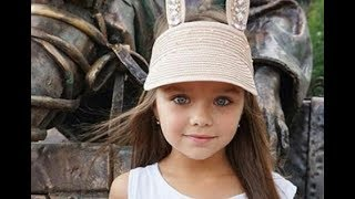 Мать самой красивой девочки в мире поделилась младенческими снимками дочки