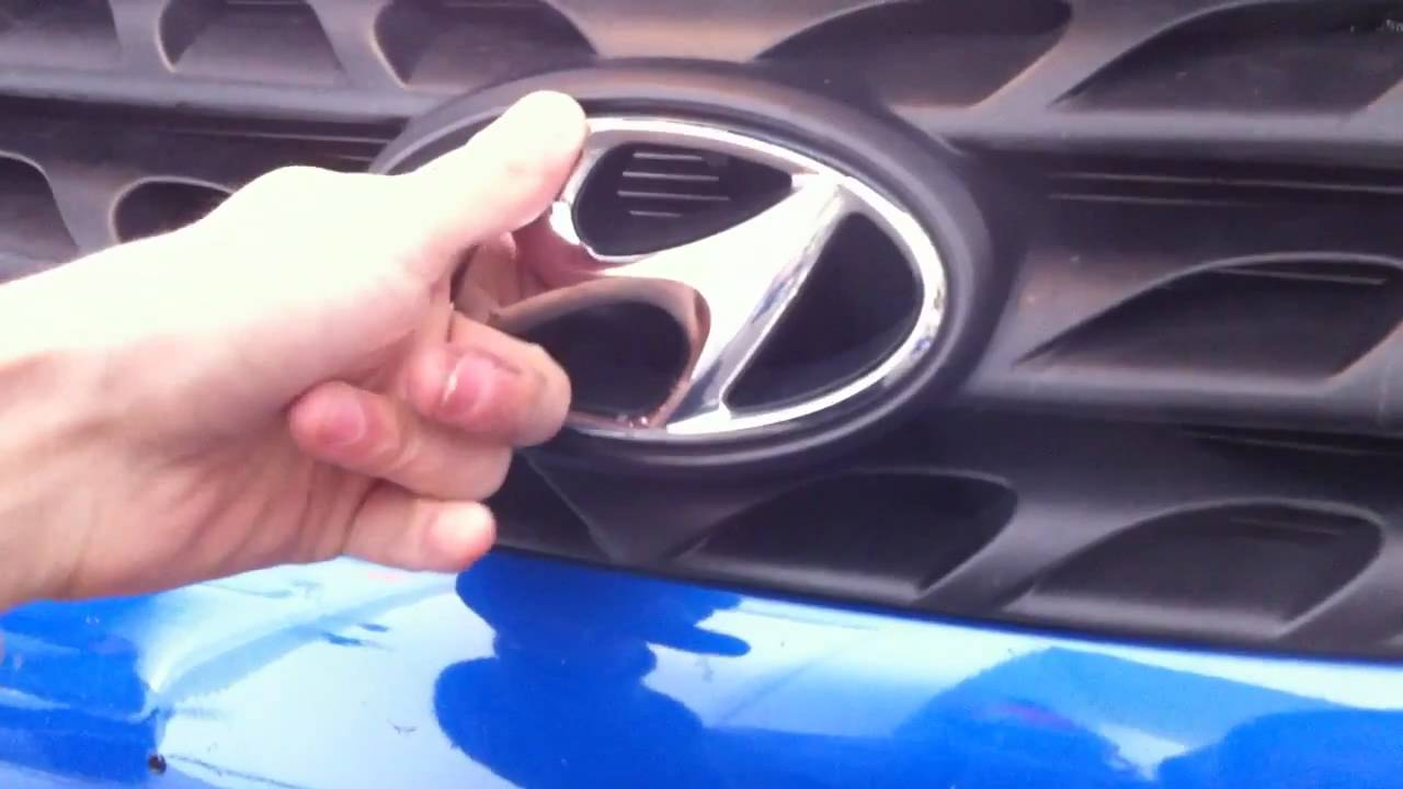 Hyundai Genesis Logo >> Rebadging my Genesis Coupe (Custom Wing Emblem) - YouTube