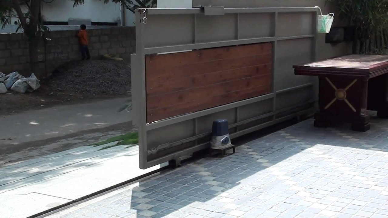 Automatic Sliding Gate Opener Robotouch Youtube