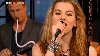 Repeat youtube video [LIVE]Emmelie de Forest - Only teardrops