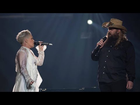 """Pink And Chris Stapleton- """"Love Me Anyway"""" (LIVE) Madison Square Garden"""