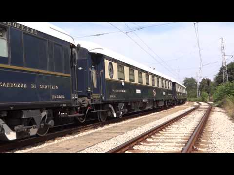 """VS """" Orient Express """" departure from Ruse, Bulgaria with 2 locos/""""Ориент Експрес"""" заминава от Русе"""
