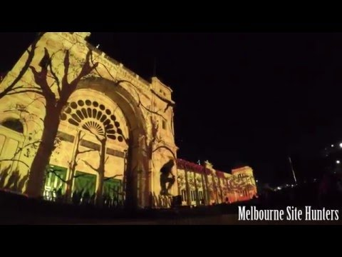 White Night Melbourne 2016 - Royal Exhibition Building lights