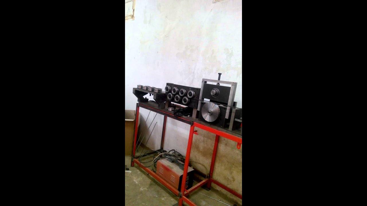 machine pour fabrication des cadres en fer forge youtube. Black Bedroom Furniture Sets. Home Design Ideas