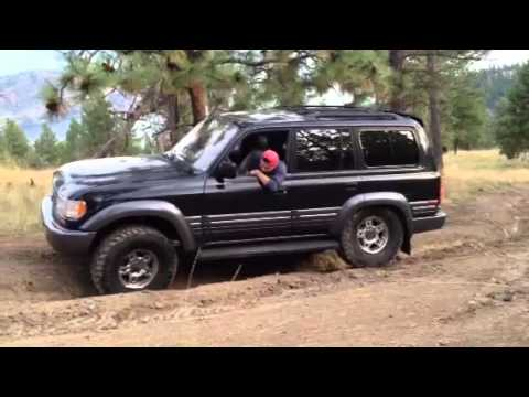 Lx450 Toyota Land Cruiser 80 Wheeling in BC