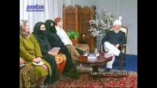 Religion und Praxis: Wie sollte sich ein Ahmadi Junge kleiden?
