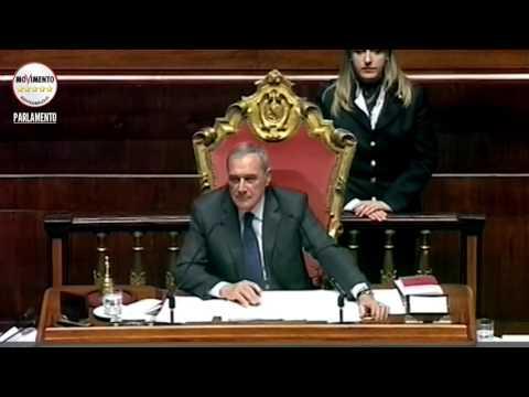 Quel furbetto di Giorgio Napolitano beccato dal M5S, anche Grasso sgomento