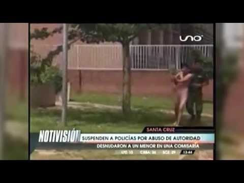(video) BOLIVIA: SUSPENDEN A POLICÍAS QUE OBLIGARON A MENOR A CAMINAR DESNUDO POR LAS CALLES