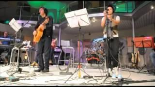 Download Luca Barbarossa   Sarahjane Olog   SuperMax Band Fino in Fondo   YouTube MP3 song and Music Video