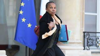 وزيرة العدل الفرنسية كريستين توبيرا تستقيل من منصبها