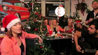BACKSTAGE TV: Grease julekalender 21. december - It's Hard to be a Nissemand