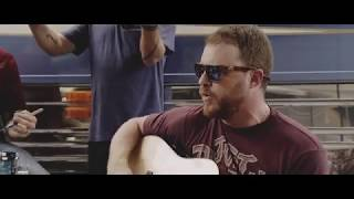 Gambar cover Cody Johnson - Fenceposts (Acoustic Live Performance)