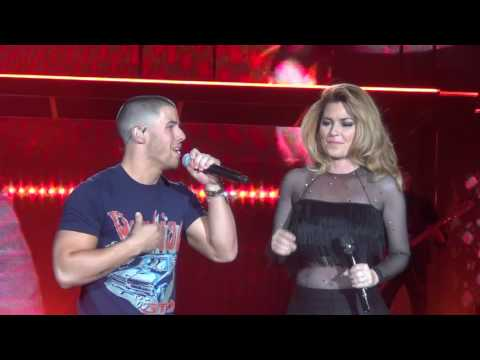 Shania Twain Ft Nick Jonas Party For Two StageCoach 2017