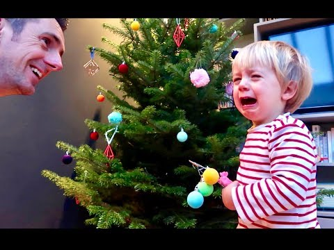 Someone hates Christmas...