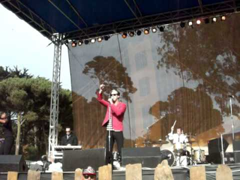 Fitz and the Tantrums-Dear Mr. President @ Hardly Strictly Bluegrass 2011