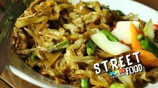 Street Food Indonesia Fried Rice Noodles/ kwetiau Goreng