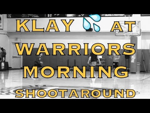 Klay Thompson splashing 💦 at Warriors (18-9) morning shootaround before Minnesota Timberwolves