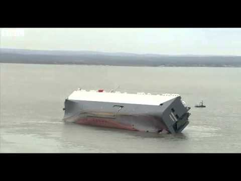 BBC News   Cargo ship Hoegh Osaka inspected by salvage team