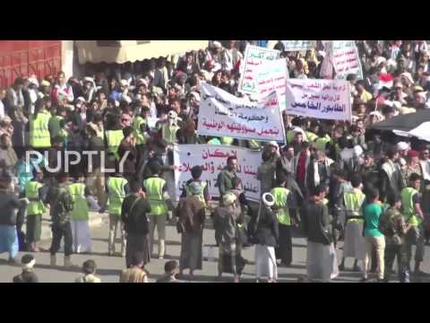 Yemen: Hundreds of thousands demonstrate against Saudi bombing in Sanaa