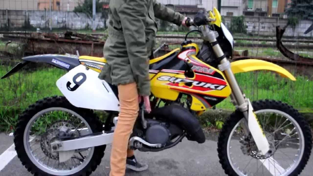 Suzuki Rm 125 Sound - Original exhaust - YouTube