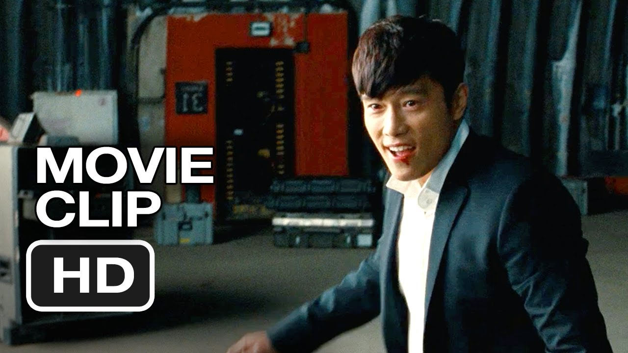 Red 2 Movie CLIP - Having Fun Yet (2013) - Bruce Willis ...