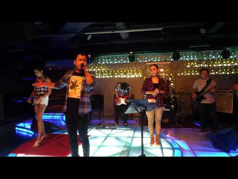 Band Top40's at Manhattan - Hotel Borobudur, Jakarta