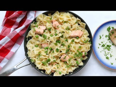 Creamy Salmon Pasta | 15 Minute Meal