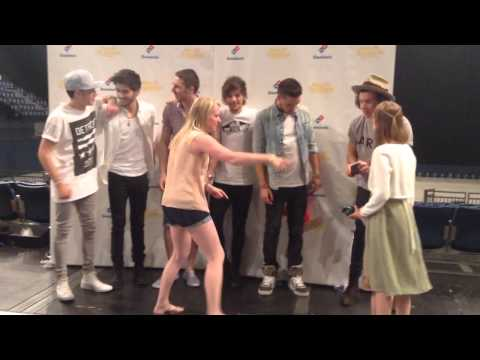 Paige and Bailey meet One Direction