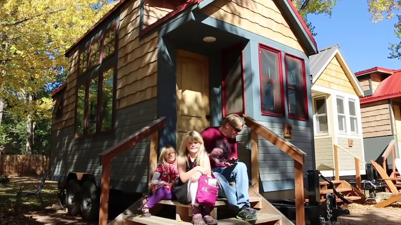 Tiny Home Designs: Sprout Super Efficient Tiny House (Aspen And Birch)