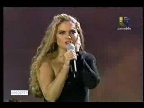 lucero-ya-no-noviadeamerica-1500004027