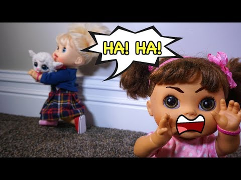 BABY ALIVE Pumpkin, Emily, Ruby Snow and Audrey Learn How To Share Toys!