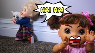 Video BABY ALIVE Pumpkin, Emily, Ruby Snow and Audrey Learn How To Share Toys! download MP3, 3GP, MP4, WEBM, AVI, FLV Juni 2018
