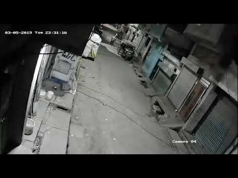 Bhoot ko dekhkar bhagega FB CCTV camera mein kaid