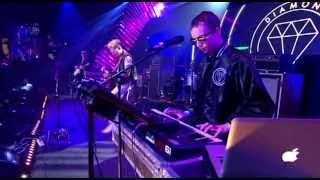 Diamond Rings - Runaway Love (Live at CMW Indies 2013)